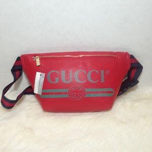 Gucci fannypack